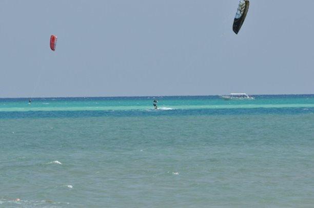 HARAKIRI kite kurzy Hurgada Egypt tahosh flysurfer 20.JPG
