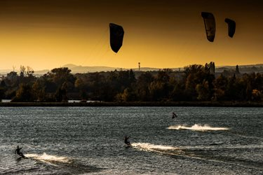 Kitesurfing - Podzim ještě nekončí
