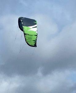 Prodám-Kite-Naish-Slash-7m2