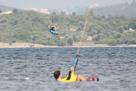 turkey-split-board-nobile-trip-flysurfer-sonic-mara-005.jpg