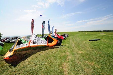 lukash_tomex_kiteboarding_snowkiting_landkiting_naish_flysurfer_nobile_DSC_8304.jpg