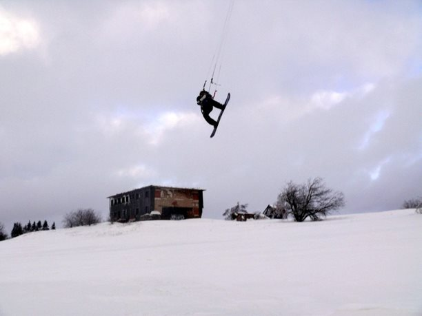 snowkiting-adolfov-peter-lynn-charger-flysurfer-speed24.JPG