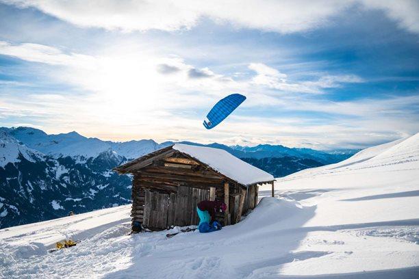Snowkiting-Dalsi-nezapomenutelny-vylet-do-Svycarskeho-Hochwangu-