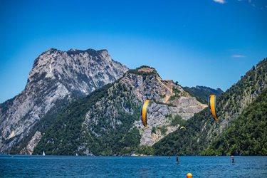 Kitesurfing - Alpská paráda
