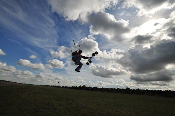 lukash_tomex_kiteboarding_snowkiting_landkiting_naish_flysurfer_nobile_DSC_4551.jpg