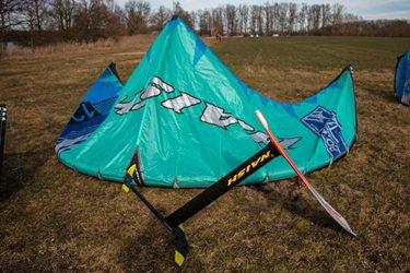 Kitesurfing -  Novinka kite NAISH BOXER S25