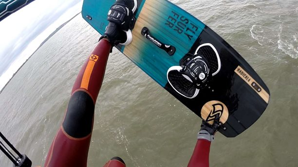 Kitesurfing-Mushow-ride-