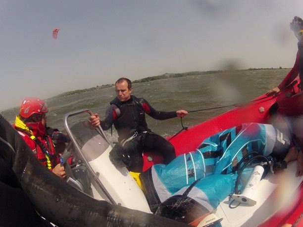 kiteboarding-kurz-hluboka-voda-na-clunu-jizni-morava-nove-mlyny-palava-31.JPG