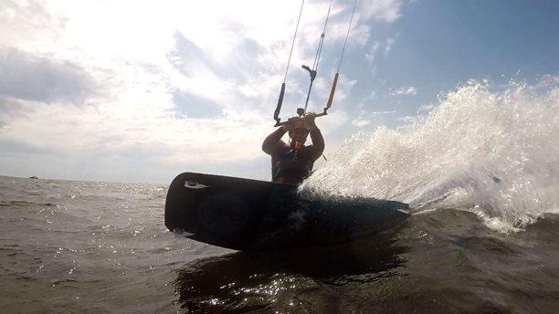 Kitesurfing-Kitesurfing-HEL (1)-