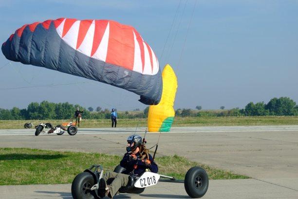 Landkiting MCR Panensky Tynec -buggy zavod nebo motanice.JPG