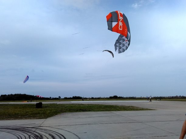 Landkiting MCR Panensky Tynec - PL Uniq singe skinn cvicnak.jpg