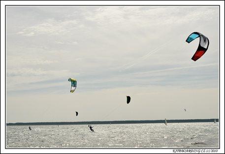 naish-torch2011-torch-flysurfer-nobile-kiteboarding-12.jpg