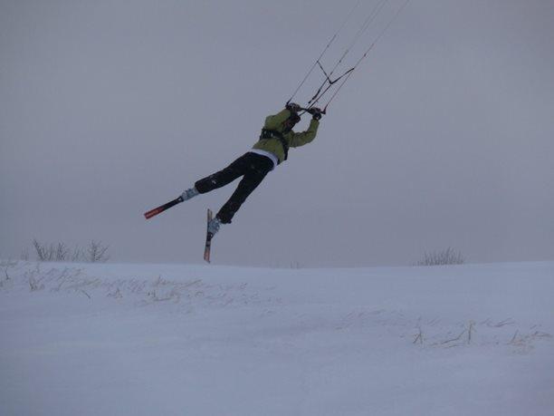 snowkiting-adolfov-peter-lynn-charger-flysurfer-speed20.JPG