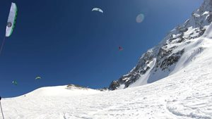 Snowkiting-Big-Day-in-Lautaret-