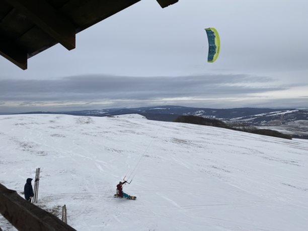 Snowkiting-Jedem-dal-