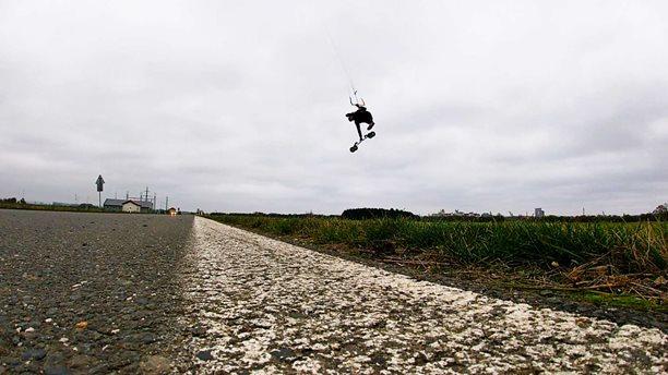 Landkiting-LOW-WIND-ACTION-