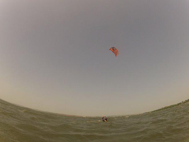 kiteboarding-kurz-hluboka-voda-na-clunu-jizni-morava-nove-mlyny-palava-20.JPG