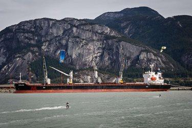 Kitesurfing - Kanadský záříjový Squamish