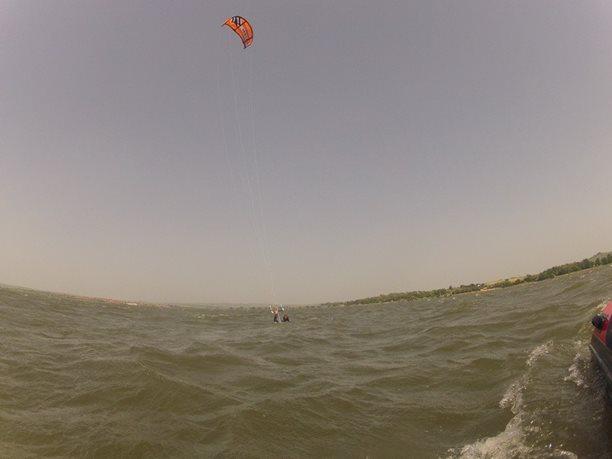 kiteboarding-kurz-hluboka-voda-na-clunu-jizni-morava-nove-mlyny-palava-21.JPG