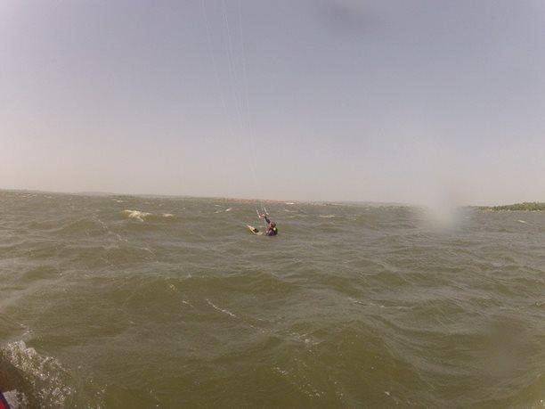 kiteboarding-kurz-hluboka-voda-na-clunu-jizni-morava-nove-mlyny-palava-35.JPG