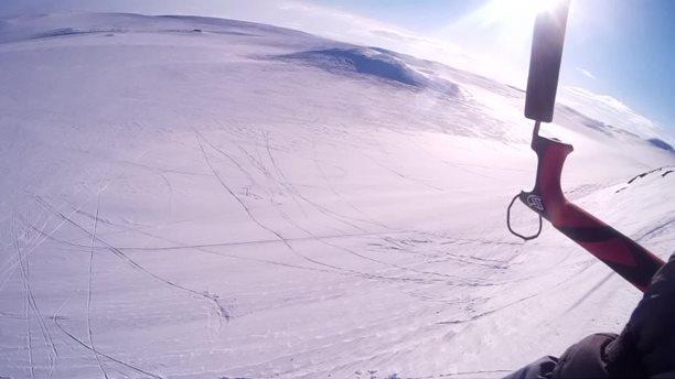 Harakiri_snowkiting_trip_Norsko_Geilo_polet.jpg