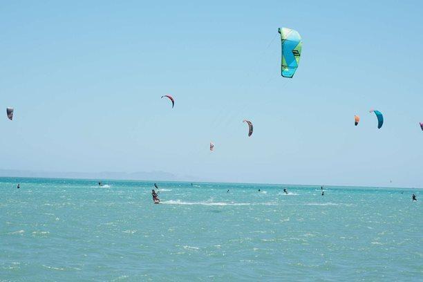 Kitesurfing-Muj-kite-kamos-Naish-Dash-