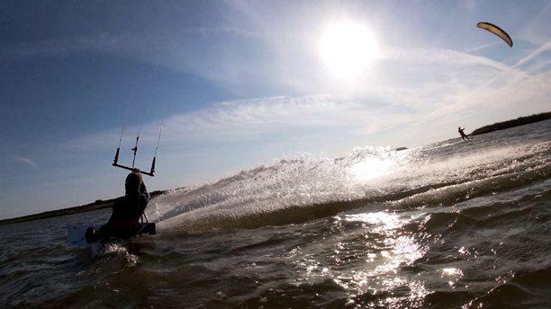 Kitesurfing-KITESURFING-KARLSHAGEN-